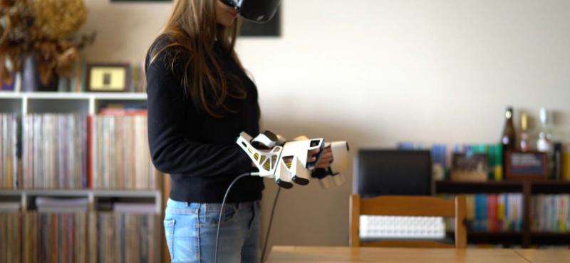 """EXOS : un nouveau gant pour ressentir le """"Toucher"""" en réalité virtuelle - 4"""